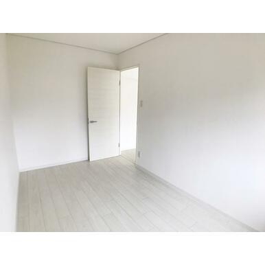 西側洋室(2)