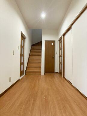 「1階廊下」