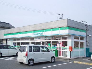 ファミリーマート水口本綾野店
