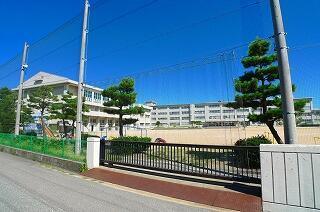金沢市立米丸小学校