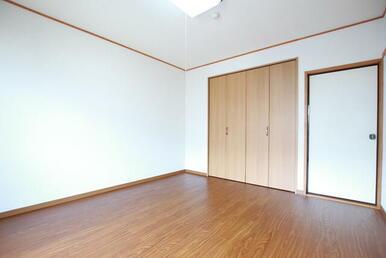 洋室6帖 ※照明は設備ではありません