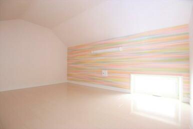 寝室・収納など多用途のロフト