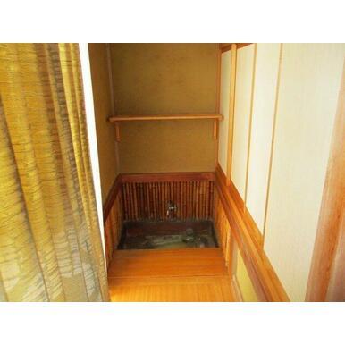 和室のとなりには水屋がありますので茶室としても使用できます。