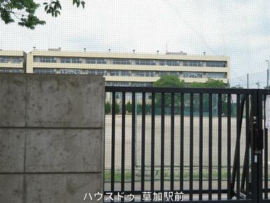 瀬崎中学校