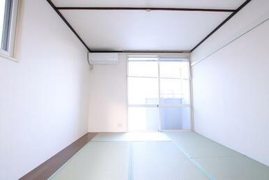 東向き・最上階角部屋で明るいお部屋