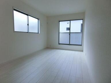 2階 南東側洋室7.5帖