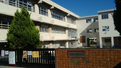 松戸市立上本郷小学校