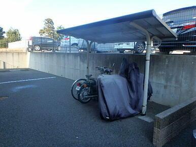屋根付の駐輪場です♪