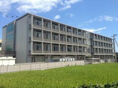 龍雲中学校