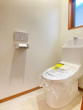 2階 新品交換済みトイレ