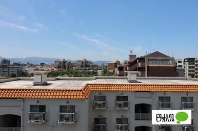 西側の窓からの眺望!