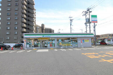 ◆ファミリーマート広島宮島口店