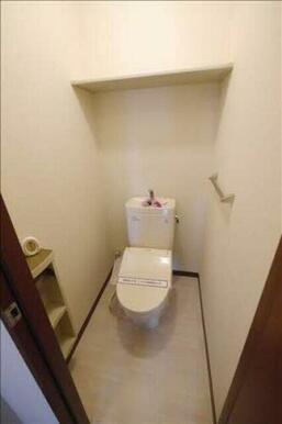 トイレを快適に使用できます!温水洗浄便座♪