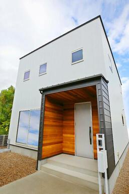 豊田市花本町の新築分譲戸建てです!