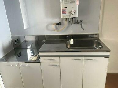 ガスコンロ設置可能なキッチンです
