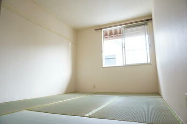 お子さんも大好きな畳のお部屋です