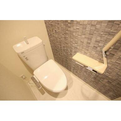 ◆暖房洗浄便座付きトイレ◆暖房洗浄便座付きなので、オールシーズン快適にご利用いただけます!