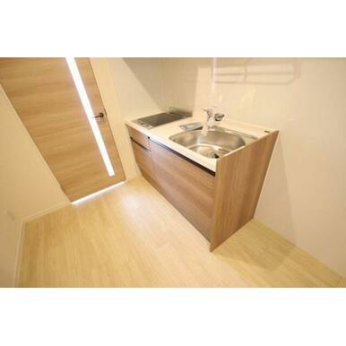 ◆キッチン(4.7帖)◆2口IHコンロ付きです!水栓はシングルレバーを採用してます!