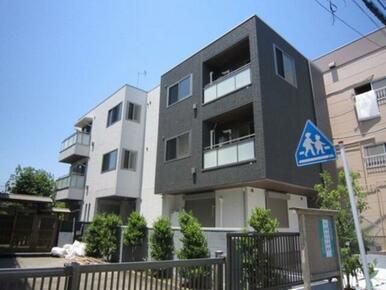 積水ハウスの3階建シャーメゾン★☆計6世帯