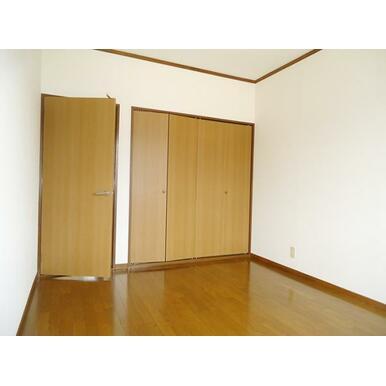 2F東側洋室(3)