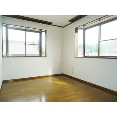 2F東側洋室(2)