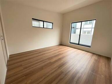 【洋室】各部屋収納スペース充実◎