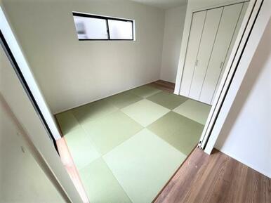【洋和室】来客スペースや家事スペースとしても便利な洋和室6.0帖♪