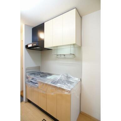 キッチンは、収納たっぷりです♪2口ガスコンロもご用意しています。