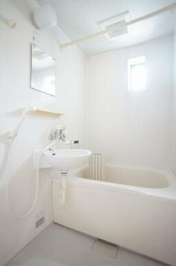 ◆バスルーム◆バス・トイレ別々です!