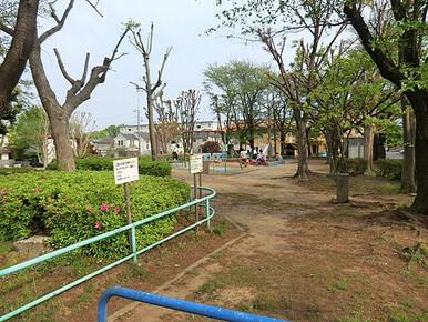 鶴川どんぐり児童公園
