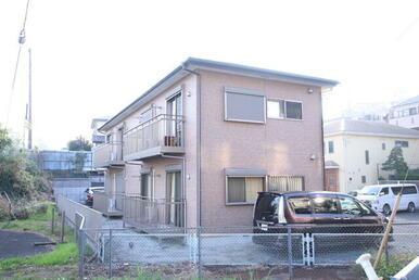 新横浜までバス23分・横浜駅までバス27分