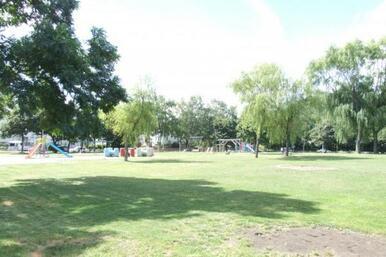 精進河畔公園