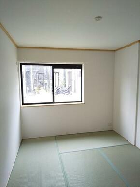 寝室としても十分な広さ・6帖の和室★