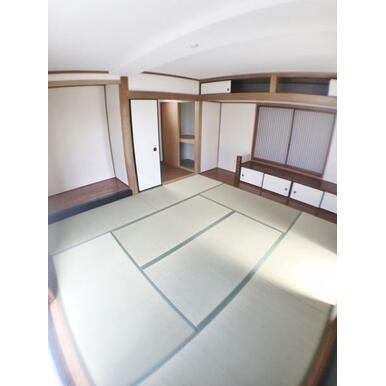 【和室】 家事スペースとしても客間としても使いやすい9帖の和室!