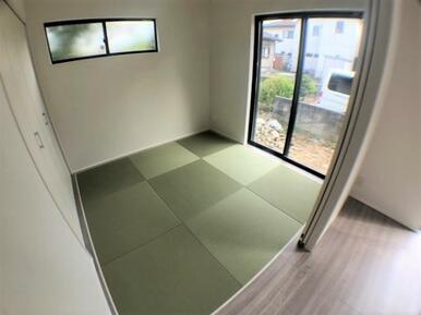 【洋和室】家事スペースや来客スペースとして便利な洋和室♪