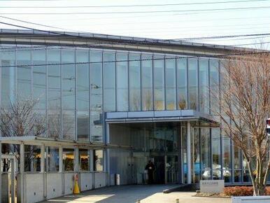 富里市立図書館