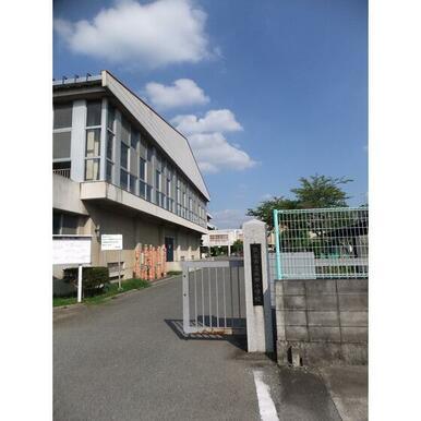 成田小学校