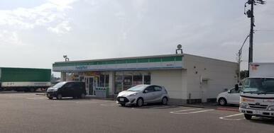 ファミリーマート豊田西岡町店