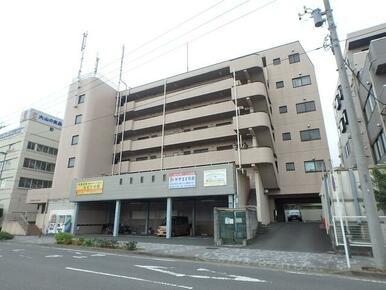 片倉町駅から平坦な道で徒歩9分の立地です