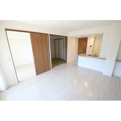 床暖房のあるリビングは居心地の良い快適空間