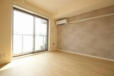 ◆洋室◆エアコン1基付き!室内物干しもあるので雨の日も安心!