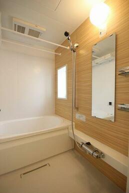 ◆浴室◆浴室乾燥機+シャワースライドバー設置。