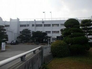 松茂中学校