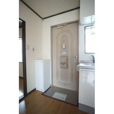 ◆玄関◆シューズボックスを新調致しました☆