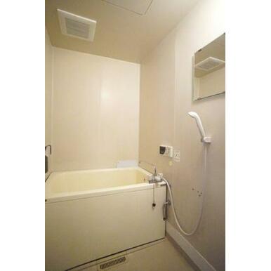 ◆バスルーム◆バス・トイレは別々です!