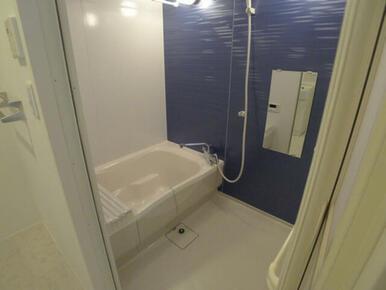 【浴室】追焚機能に加えて浴室乾燥暖房機つきです!!快適なバスタイムをお過ごしください☆