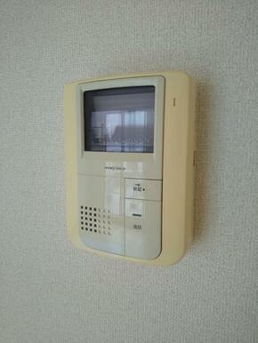 セキュリティ面でも安心・TVモニターホン付き♪