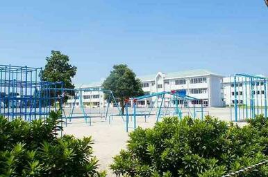 宮郷第二小学校