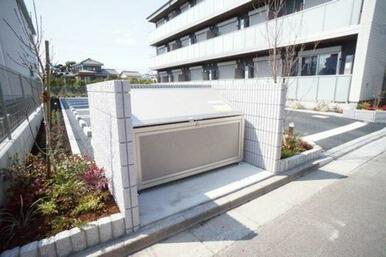 ■入居者様専用ゴミ集積場■