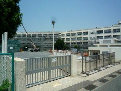 本宿小学校